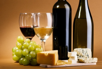 Pairing American Cheeses with Suitable Wines to Make the ...